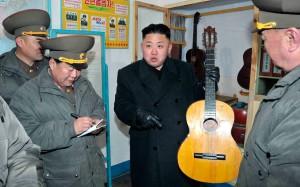 Preiset, Gitarren, den Ewigen Führer!